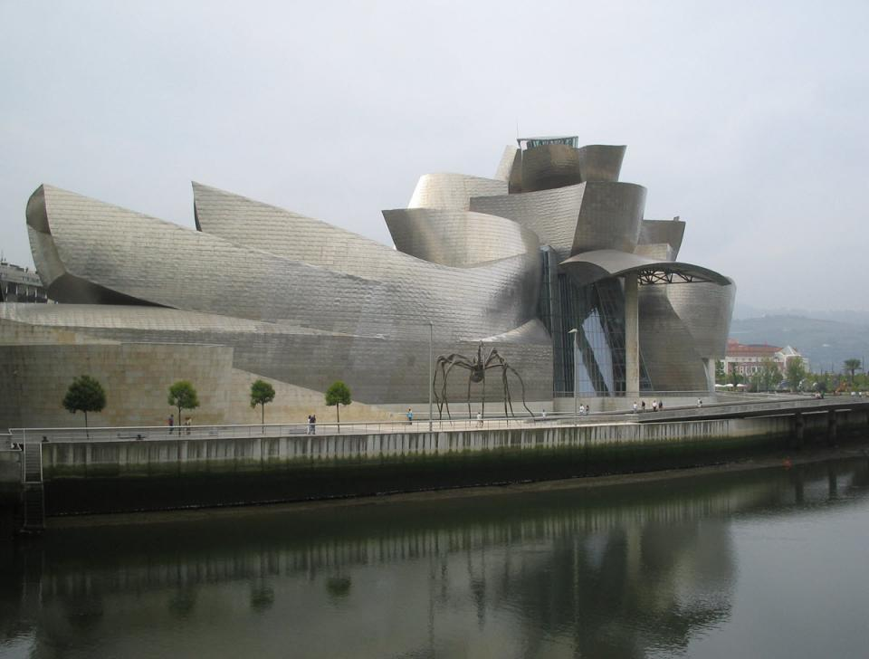 The Guggenheim Museum in Bilbao, Spain, designed by architect Frank Gehry. Photo by Riina on Wikimedia Commons. Used under CC 3.0.