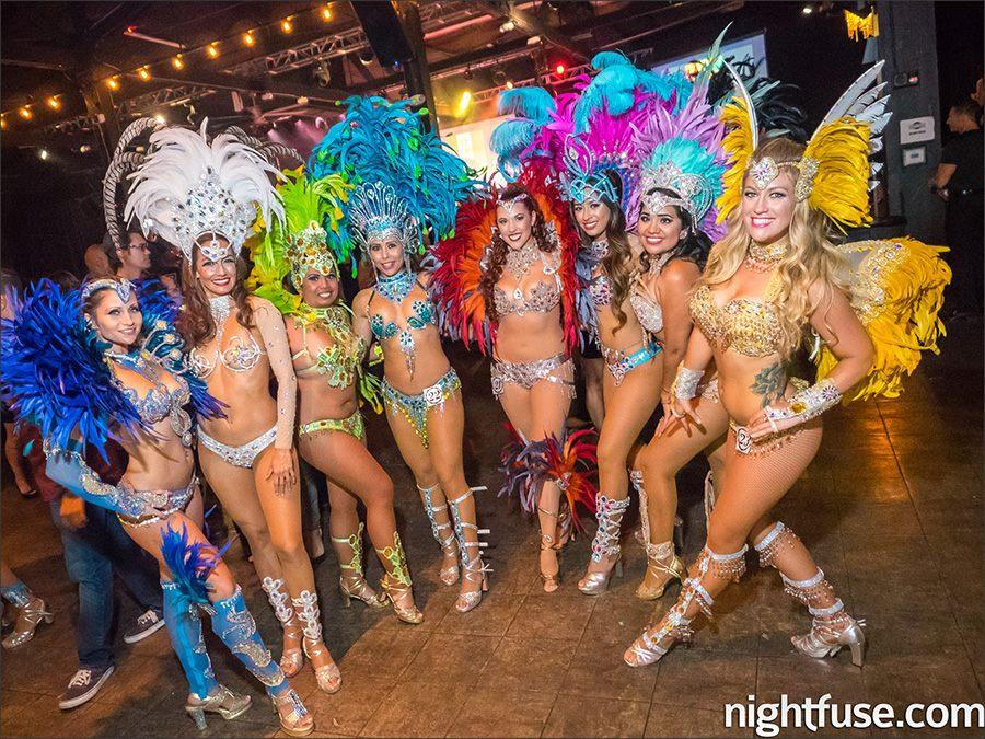 Sarah Snyder in samba dancers in 2015 / Nightfuse photo