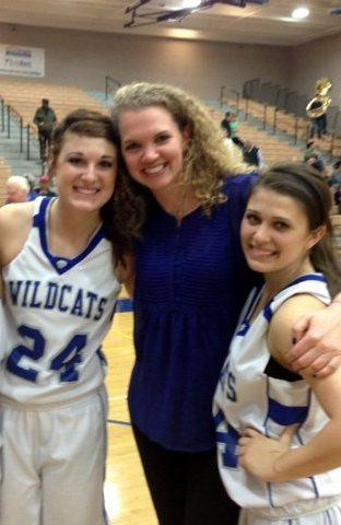 Sarah Grieve with Mesquite High School basketball players / Courtesy photo